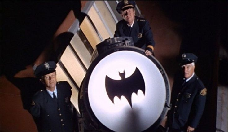 batman-adam-west-los-angeles-bat-signal-death-dies-sky