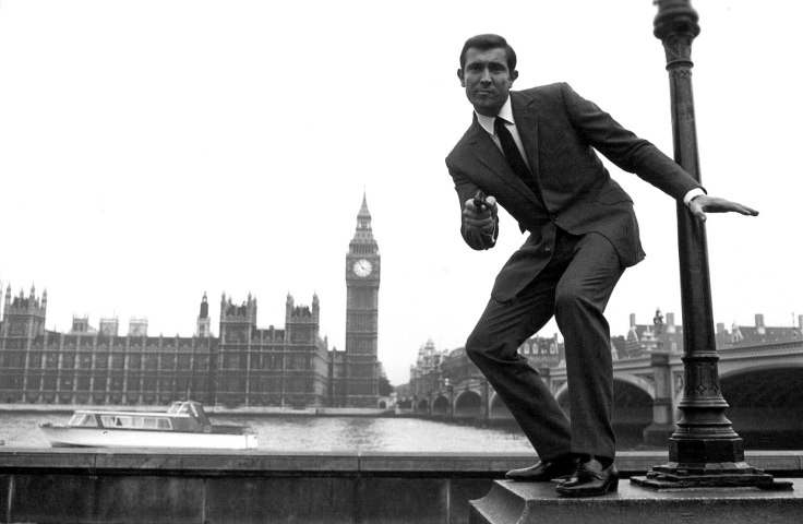 george-lazenby-becoming-bond-trailer.jpg