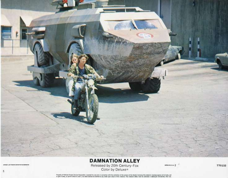damnation-alley-lobby-card-5.jpg