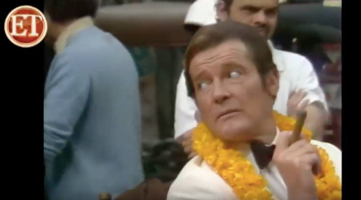 Roger Moore set.png